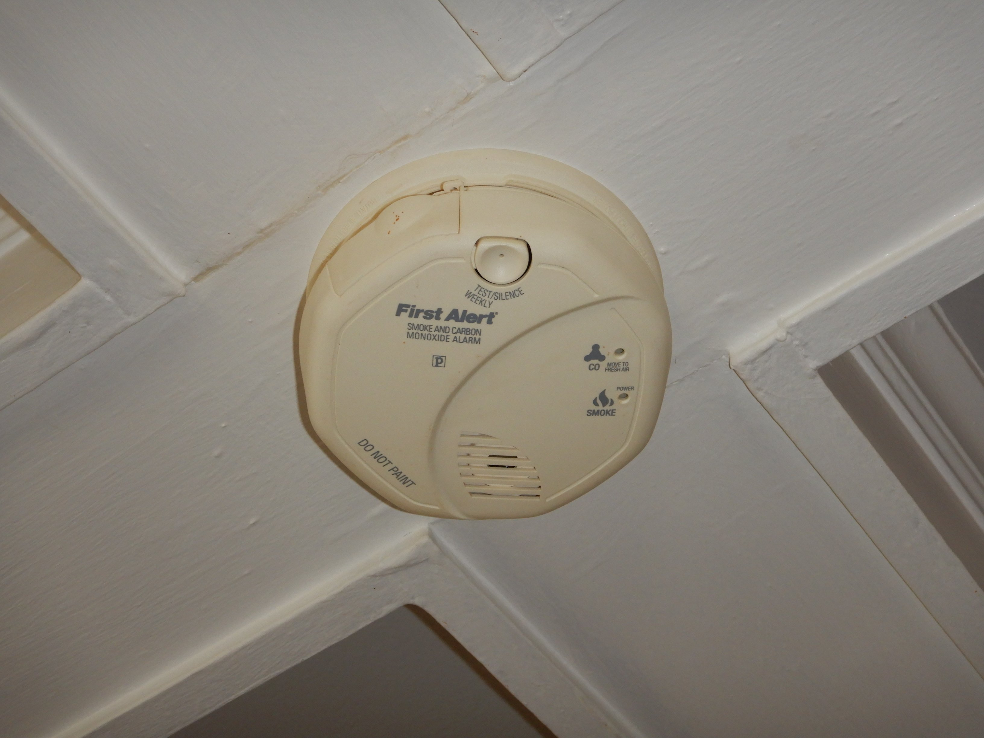 Wiring 3 Wire Smoke Detectors Together With Smoke Detector Wiring